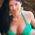 lanisha-cole-photography-swimsuit-photo-shoot-point-dume-beach-malibu-california-1-2