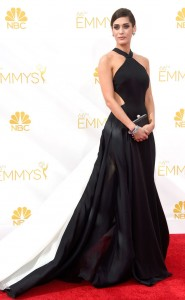 Lizzy caplan emmy dress